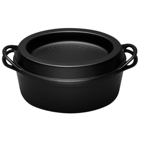 cocotte ovale doufeu 5 8l noire le creuset faitouts cocottes et marmites cuisson. Black Bedroom Furniture Sets. Home Design Ideas