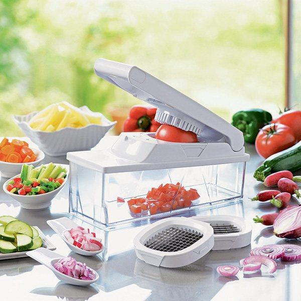 Coupe l gumes multifonction r pes hachoirs et robots manuels d coupe - Comment couper une tomate en cube ...