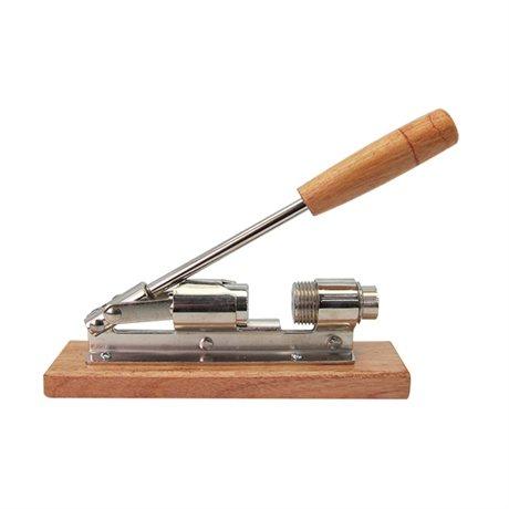 Casse noix avec support bois et inox casse noix pinces for Support ustensiles de cuisine en inox