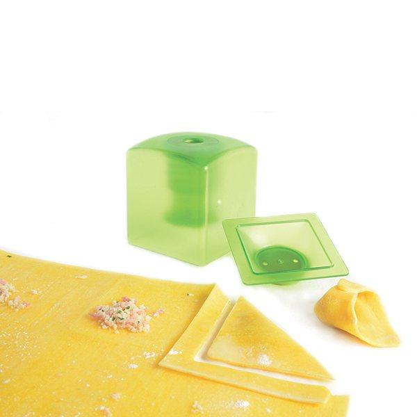 Kit raviolis mastrad ustensiles pour pr paration des for Kit ustensiles cuisine