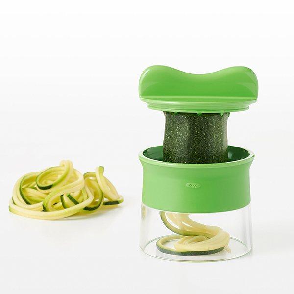 D coupe l gumes spirales spiralizer oxo coupe fruits - Decoupe legumes coupe legumes oignons et fruits ...