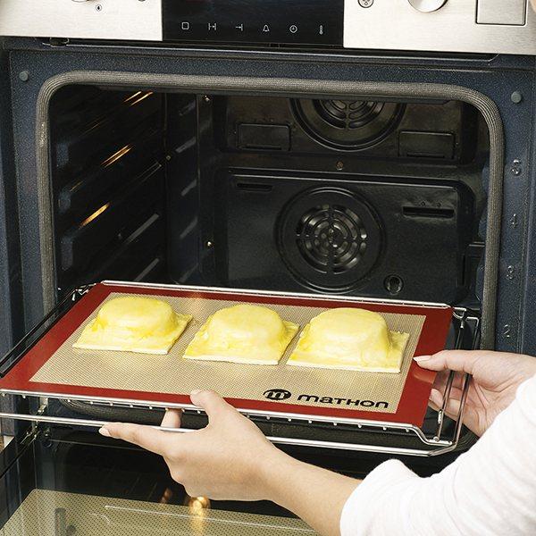 Lot Plaque à pâtisserie perforée 40 cm et tapis de cuisson pro