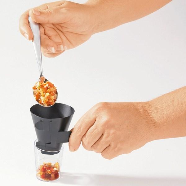 Entonnoirs pour verrines entonnoirs de cuisine for Des ustensiles pour cuisine
