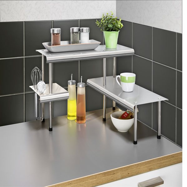 Etag re angle massivo trio etag res et crochets de for Amenagement etagere cuisine