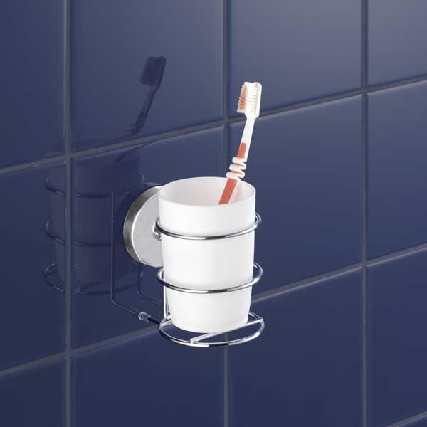 Porte gobelet et gobelet vacuum loc am nagement de la for Porte gobelet salle de bain